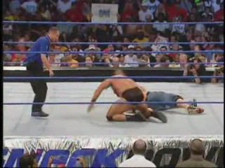 John Cena VS Luther Reigns (WWE SmackDown 22/07/2004)
